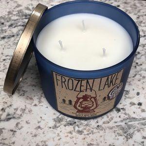 Frozen Lake bath & body works 3 Wick candle